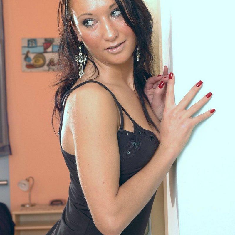 Amateur live sex coquine Madeline Les pennes mirabeau