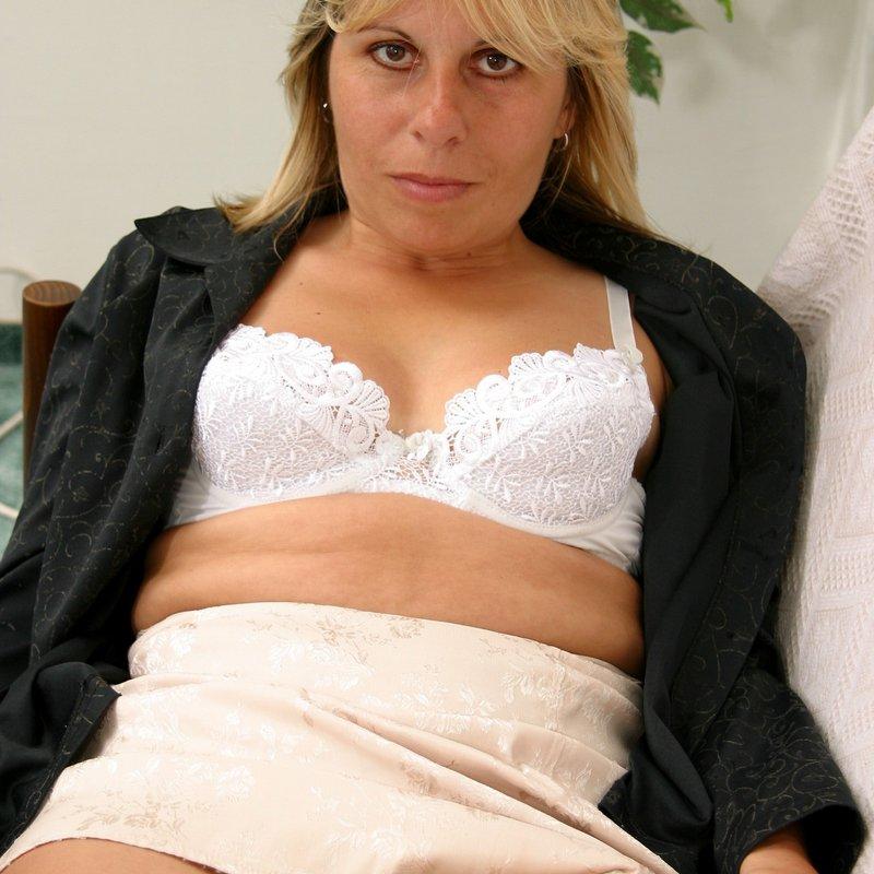 Amateur live sex coquine Haley Avon