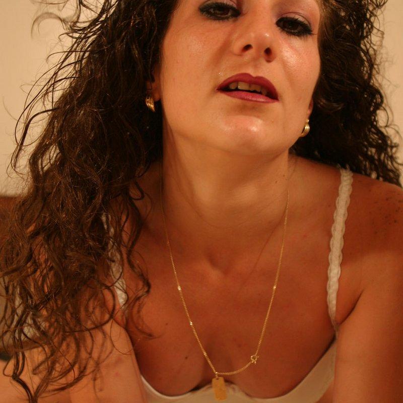 Amateur live sex coquine Marlyn Nantes